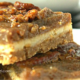 Pecan Pie Cheesecake Sqaures