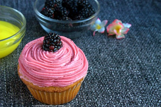 Blackberry Lemon Curd Cupcakes